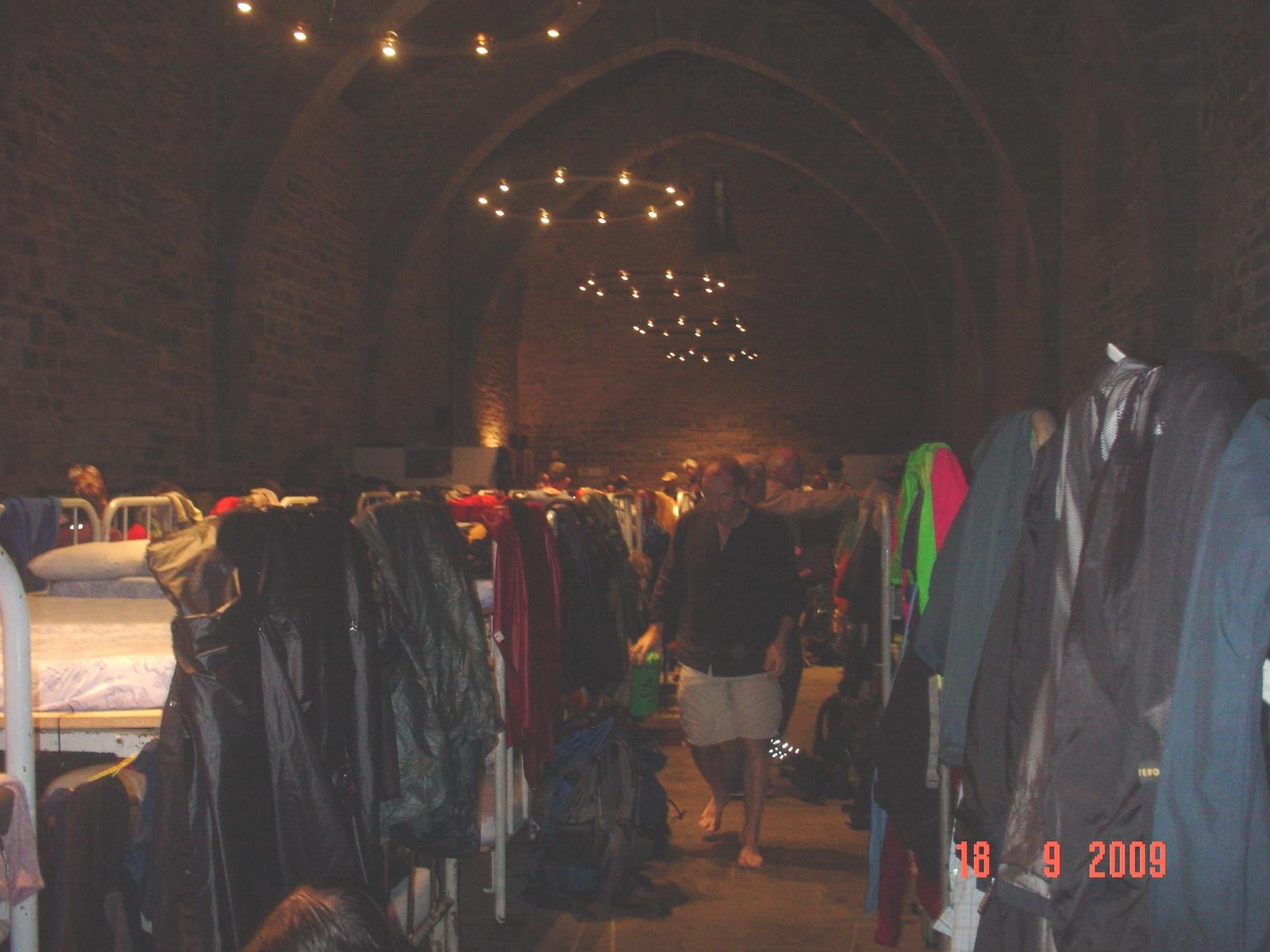 die Albergo in Roncesvalles 150 Pilger