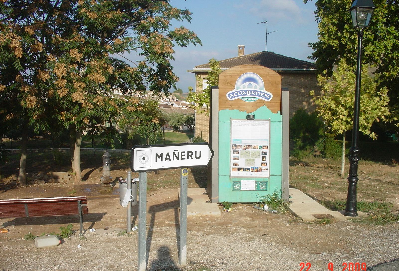 Maneru