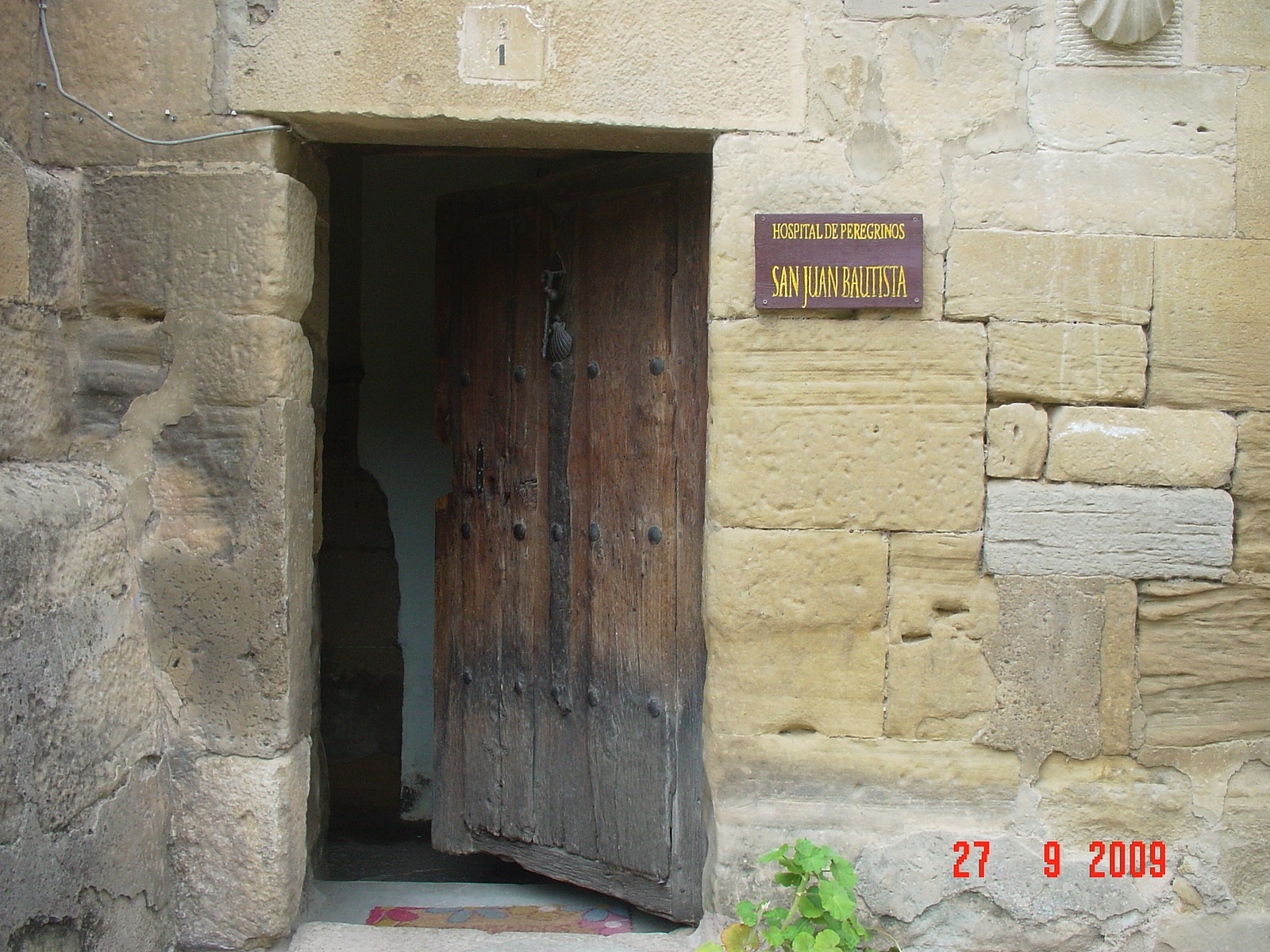 der Eingang zur Albergo