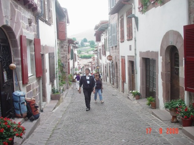 in den Straßen von Saint Joan Pie de Port