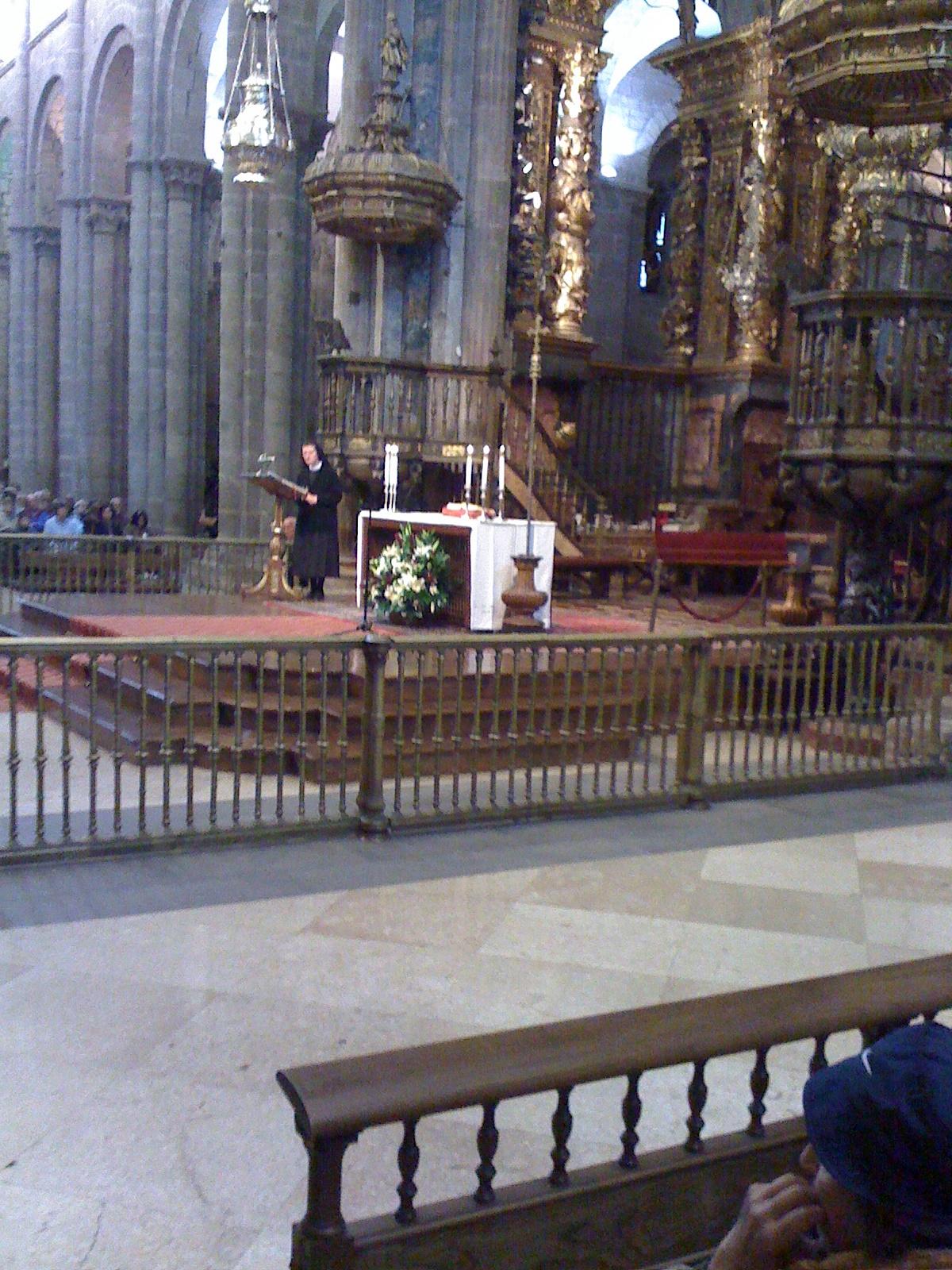 In der Kathedrale zum Pilger-Gottesdienst um 12 °° Uhr