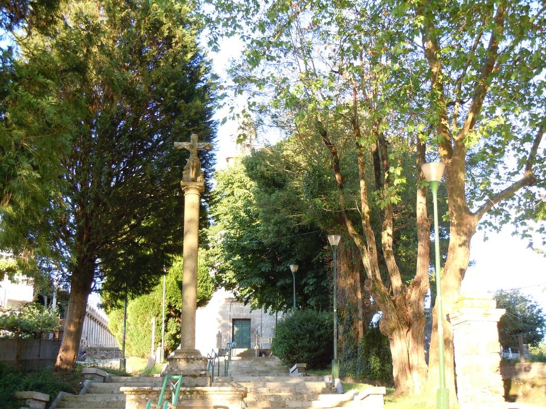 Hintergrund Kirche von Lavacola